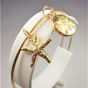 Jewelry - NAUTICAL GOLD TONE STARFISH SAND DOLLAR BRACELET